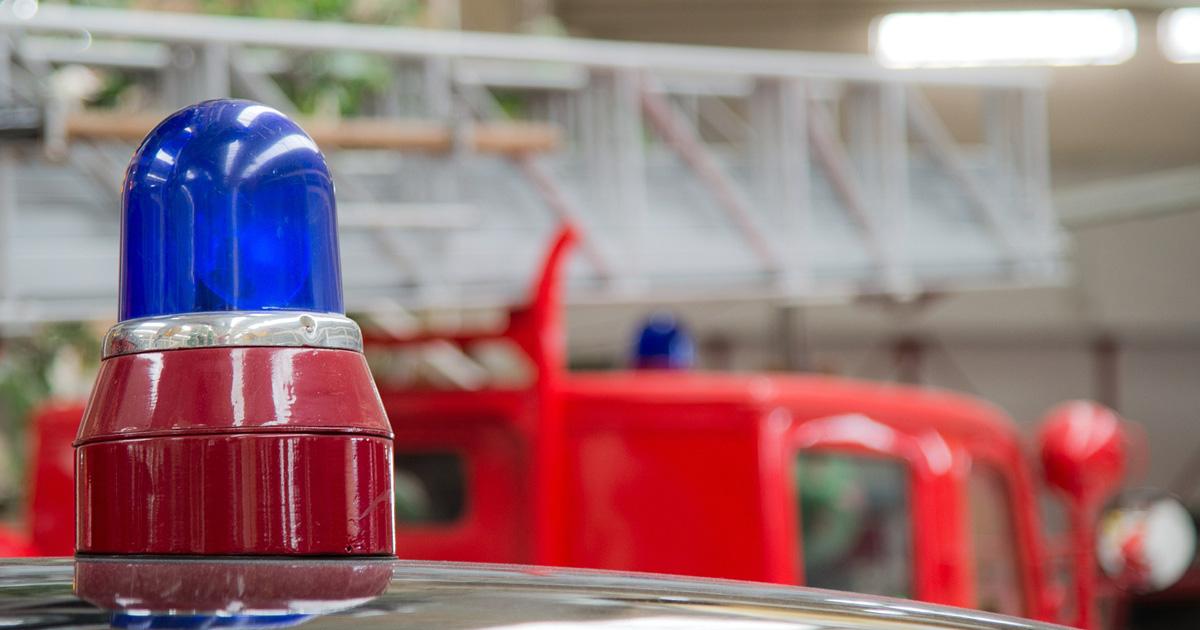 vue sur gyrophare de pompiers