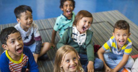 enfants dans un accueil de loisirs